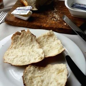 Pan asado al carbon