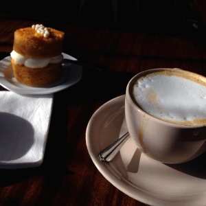 Cappuccino & Carrott Cake